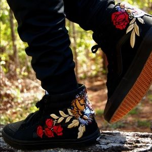 8281f2fa1bbd45 🔥Custom Rose Tiger Embroidered Vans Sneakers ...